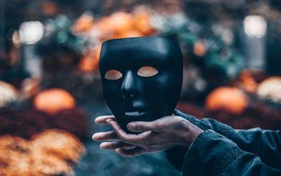 Dėmesio – manipuliuotojas! Kaip atpažinti ir apsiginti? II dalis: KAUKĖS